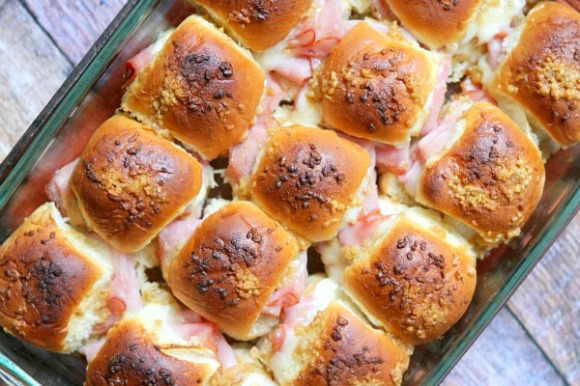 Baked-Ham-and-Cheese-Sliders-Recipe